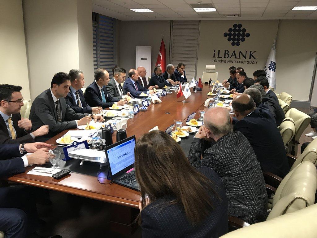 ÖZBEKİSTAN HEYETİ, İLBANK'I ZİYARET ETTİ